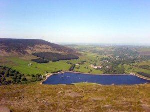 High above Dovestones Reservoir in the sunshine