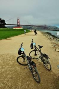 Blazing Saddles hire bikes en route to Golden Gate Bridge
