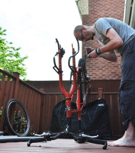 Preparing the Surly Troll for an Evoc bike bag