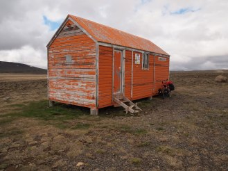 Arnarbaeli hut outside