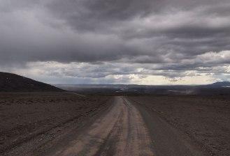 Descent to Gulfoss Kjolur