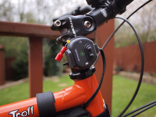 Lightcharge USB charger for dynamo hubs