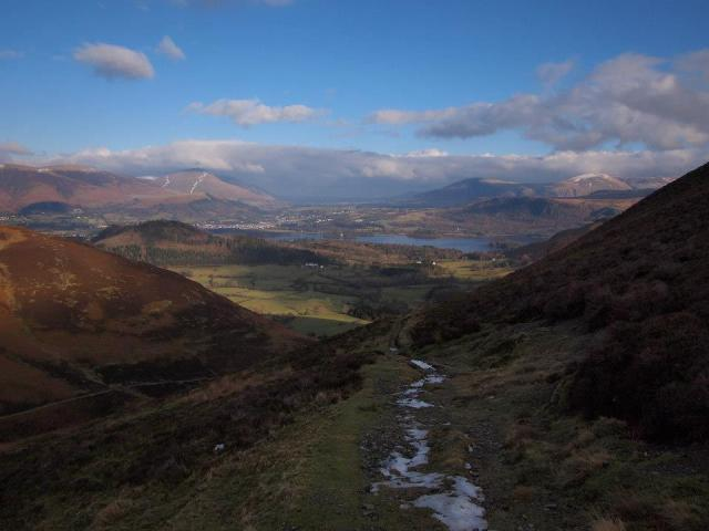 Descending from Causey Pike