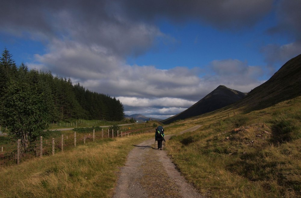 Leaving Tyndrum and along the trail to the Bridge of Orchy Hotel for scones
